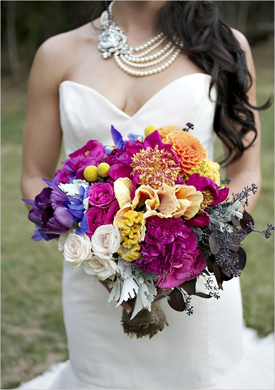 vibrant wedding bouquets. bold, bright and beautiful