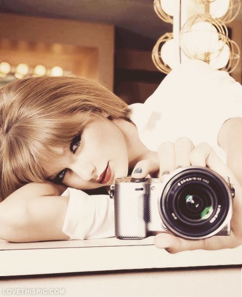Taylor swift photography hair camera taylor swift hairstyles celebrity celebrities singer