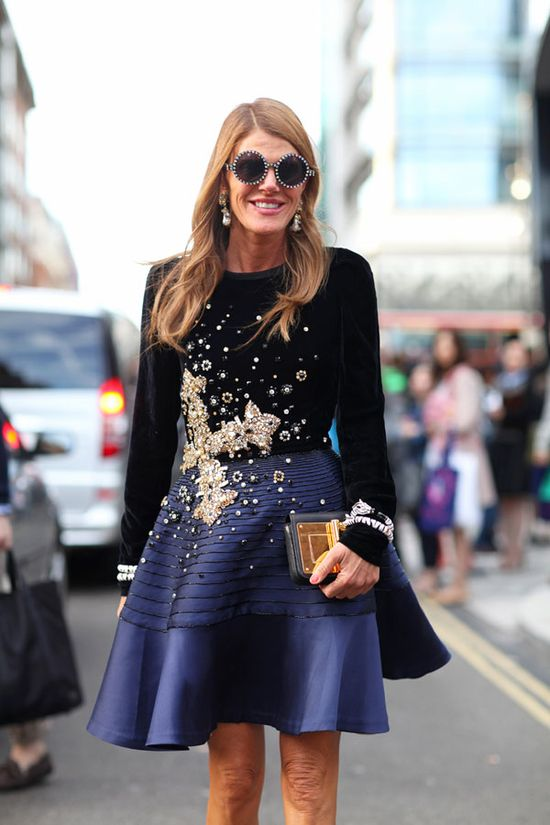STREET STYLE SPRING 2013: LONDON FW - Navy and black get a dose of glimmer on Anna Dello Russo.