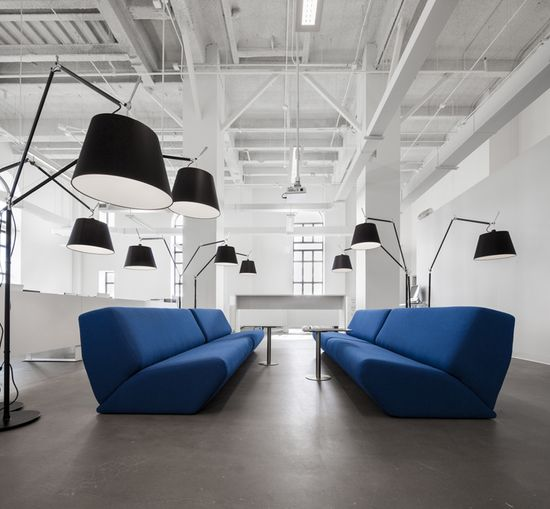 BLUE Communication office by Jean Guy Chabauty & Anne Sophie Goneau, Montreal