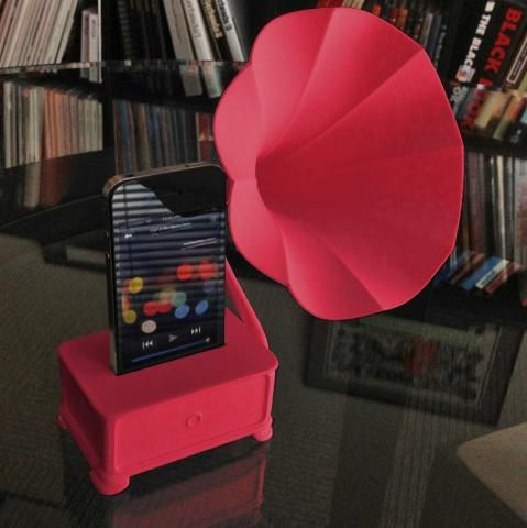 3D-printed iPod gramophone... in red. This is blowing my mind.