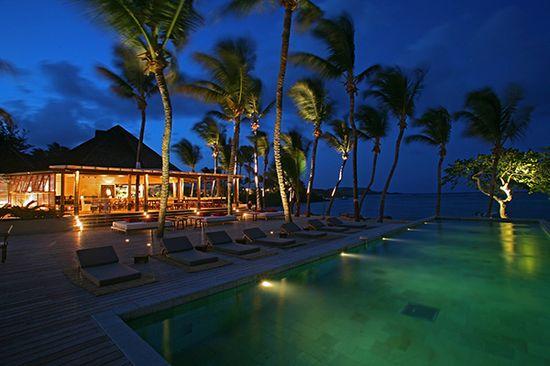 Resort-by-Night