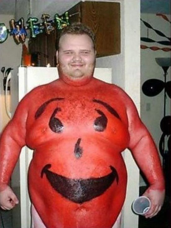 Kool-aid costume. OMG. Don't leave looking like this.  Put some clothes #feel better song #funny ass photos #family photos #funny fat people