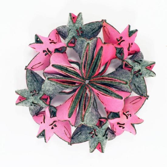 Yu-Ping Lin Textile Jewellery - kaleidoscope serie -  Strawberry (Ka03-1F) - Bracelet/ Brooch  Felt, Polyester