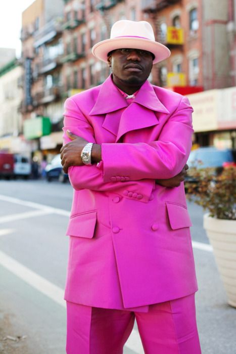 """keepin' it real in pink >> Gotta love any man that leaves the house in this!"""