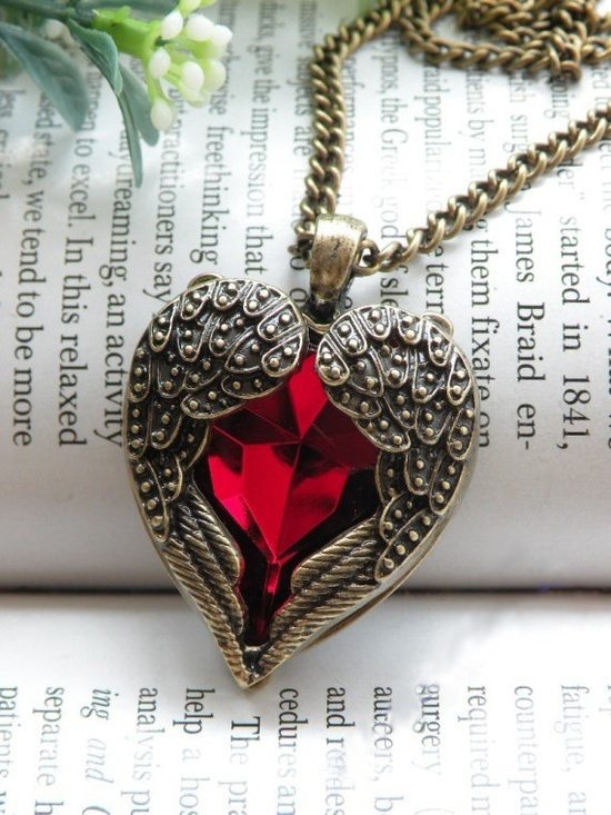 Winged heart pendant,shop at www.cost21.com