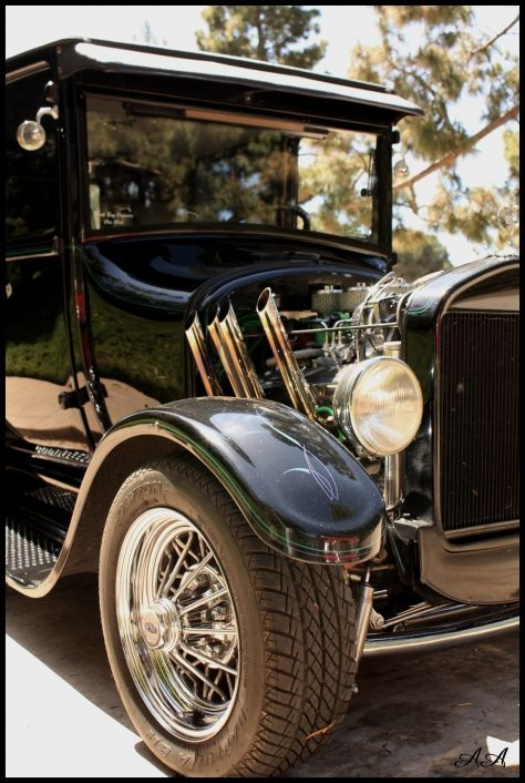 {Photo Journal} Vintage Cars