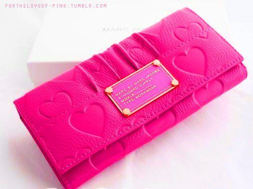 Marc Jacobs pink wallet #pink #colors #color #colours