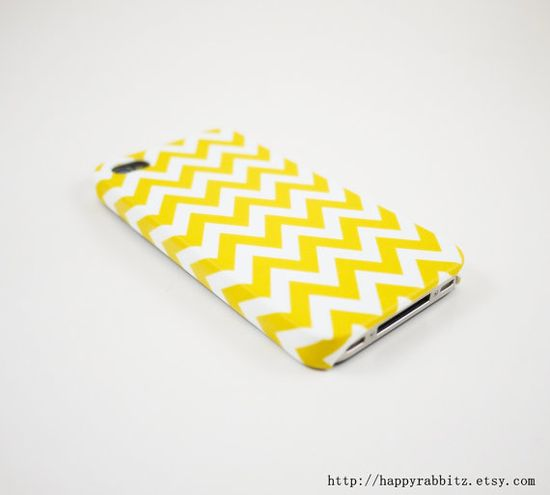 Yellow Chevron iPhone 4 Case, iPhone 4s Case, iPhone 4 Cover, Hard iPhone 4 Case
