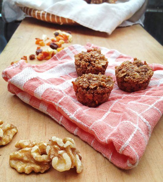 Quinoa and fruit mini-muffins
