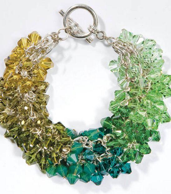 Love to sparkle? Make your own Swarvoski crystal bracelet! #DIY #jewelry