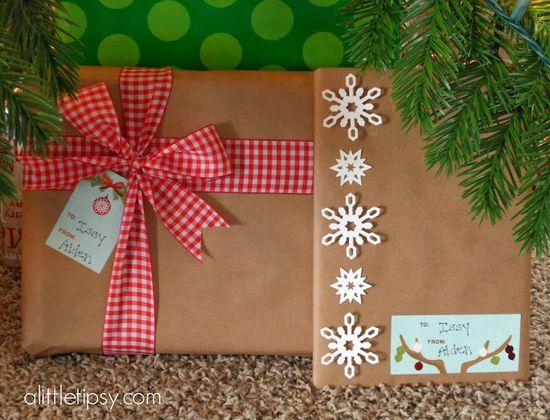3D Snowflake Gift Wrap