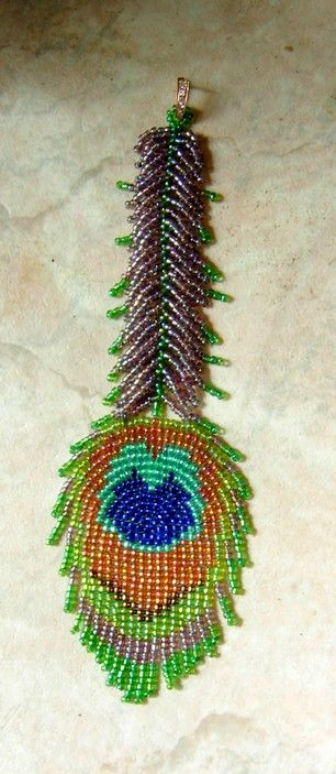 Diagram for Peacock Earring (a few sentences of instruction need translation) #seed #bead #tutorial