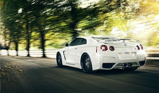 Nissan GTR by Wynn Ruji. 20 Incredible Vehicle Photographs. #photography