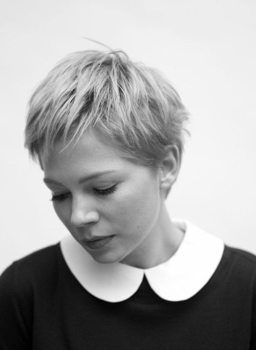 Michelle Williams pixie cut teamed with a peter pan collar is so classic yet so modern at the same time