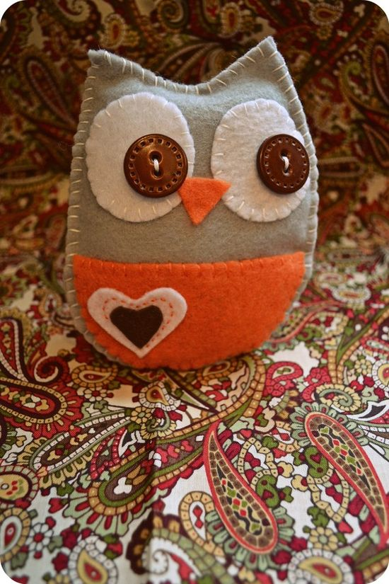 stuffed owl from MamaMadalin's etsy shop $12