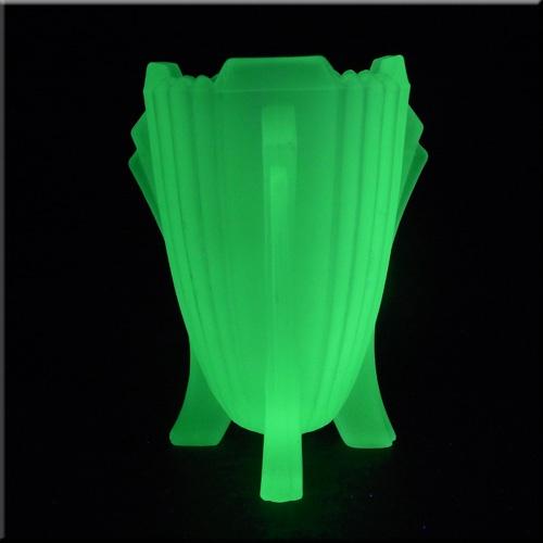Deco Vaseline glass.  Oh my!