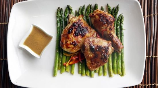 Roasted Lemon Chicken with Asparagus and Peppers by Susan Selasky, timescolomnist: Fresh lemons, olive oil and Dijon mustard paired with Roasted chicken, asparagus and sweet mini bell peppers.  #Chicken #Asparagus #Lemons
