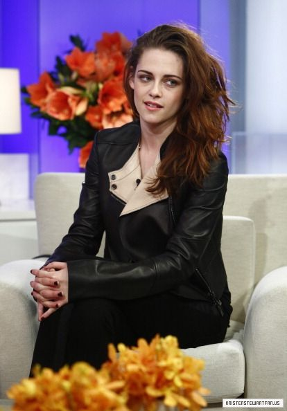 """Robsten Dreams: Kristen Pic of the Day ~ Looking fab. """"Keep them guessing I always say."""" -- Today Show Interview, Nov 2012"""