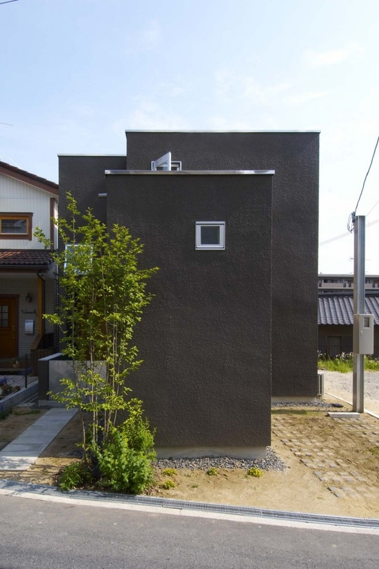 A modern single family house in Japan, designed by a local firm ninkipen! #architecture