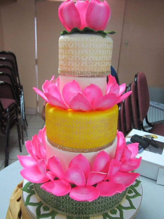 lotus wedding cake by my cake decorating teacher.De Verne's Cake Creations