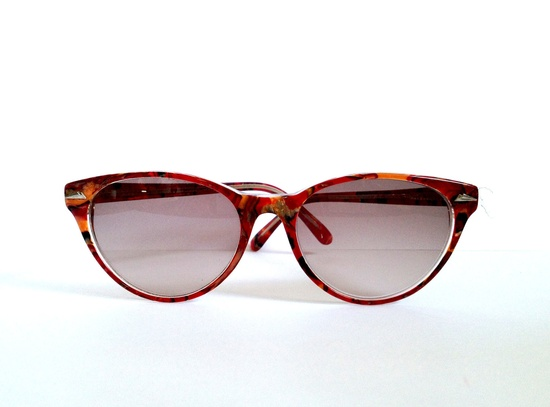 For your summer holidays?? Vintage cat eye sunglasses glasses Eschenbach Germany. $42,00, via Etsy.