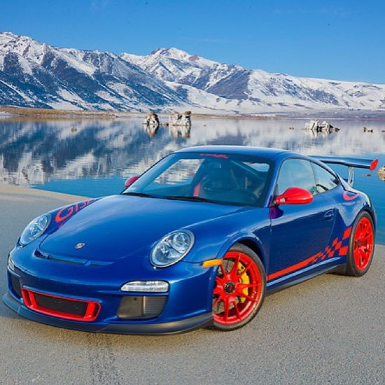 Beautiful Background! Beautiful car! I would change the colour scheme though! :P #Porsche