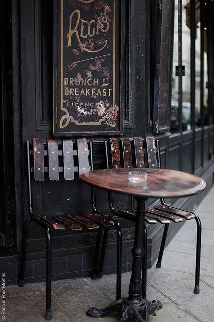So very French::Café Saint Régis, 6 Rue Jean du Bellay, Paris IV ?