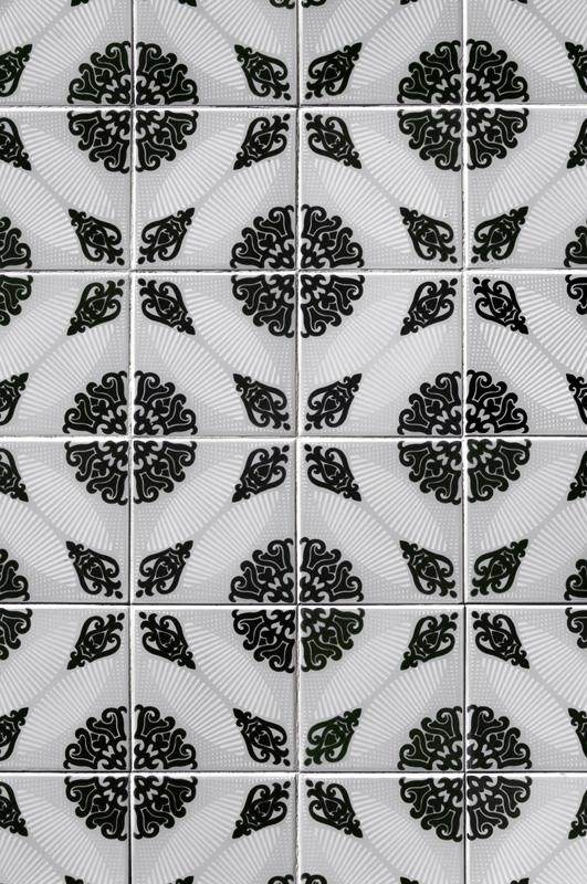 """Classic Patterned """"Tile"""" Wallpaper"""