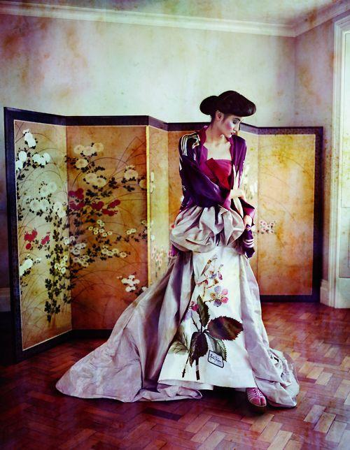 The Empress' New Clothes  Model Liu Xu  Photographer Sayaka Maruyama