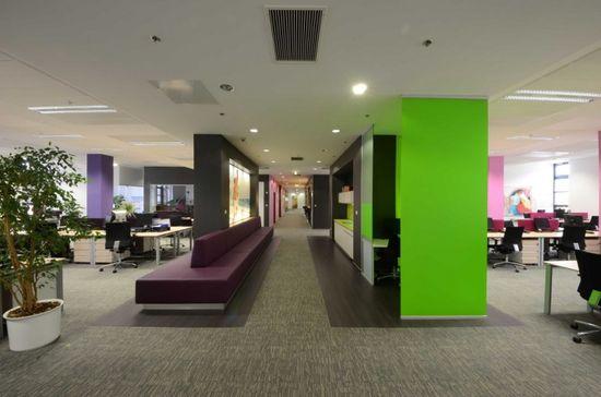 Reckitt Benckiser head office in Budapest by Lima Europe ltd