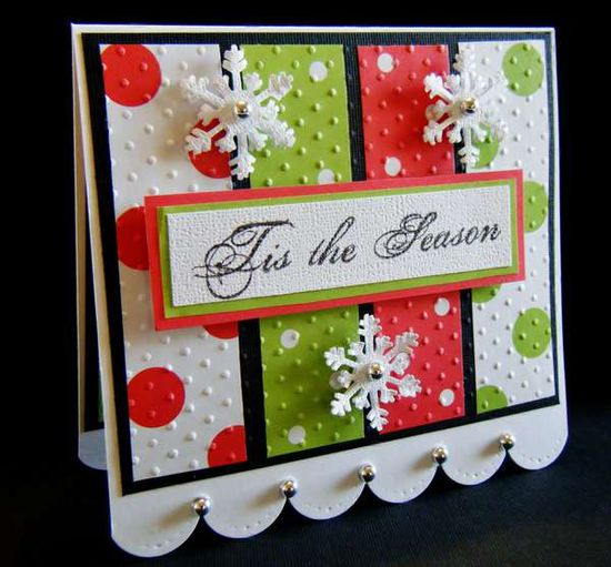 Great embossing and timeless design on this cheerfully hued Christmas card. #Christmas #card #card_making #scrapbooking #handmade #snowflakes #winter