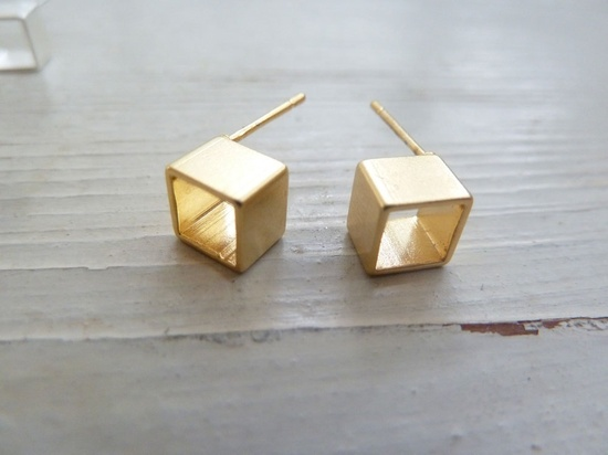 Square hole earrings
