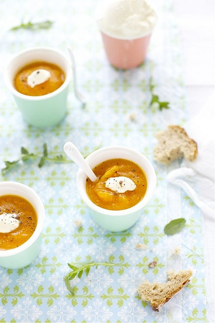 Such a stellar autumn comfort food: Pumpkin Tomato Soup. #cooking #food #soup #fall #autumn #pumpkin #tomato #comfort_food