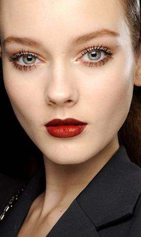 beautiful eyes / dark red lips.
