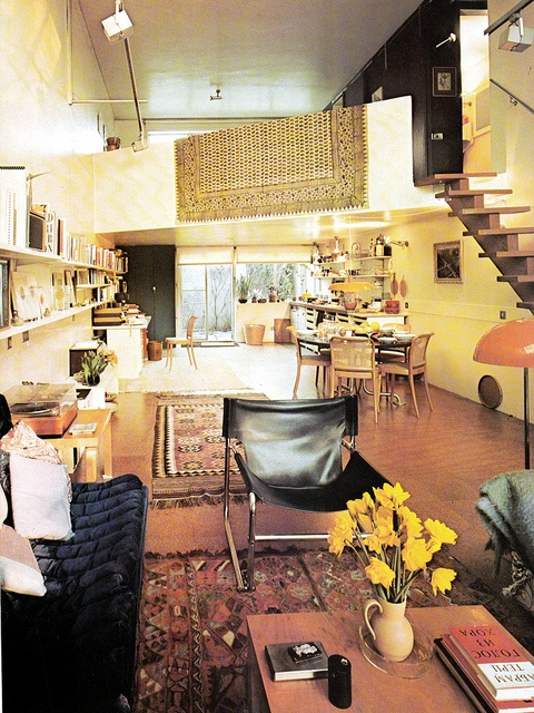 Open plan living. Storage, A House and Garden Book, Melinda Davis, Pantheon Books, New York, 1978.