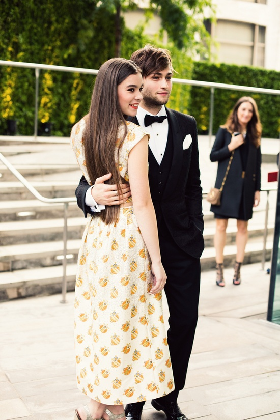 Hailee Steinfeld and Douglas Booth at the 2013 #CFDAawards