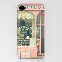 i love iPhone cases.