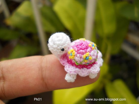 Amazingly tiny crochet turtle grandma i also need