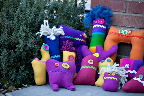totally fun monster stuffed animals created by a young girl for an amazing cause!