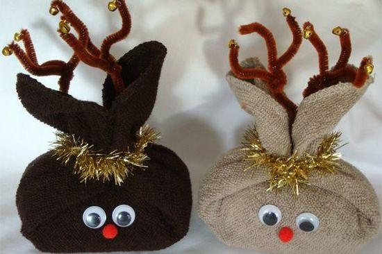 Creative DIY Gift Wrapping Ideas - Tiny Reindeer #christmas