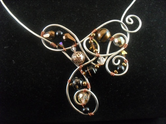 Jewelry Inspiration - DIY wire necklace How many freeform shapes can you create?? :-)