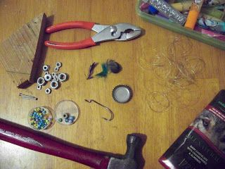 DIY Henthorne Handmade: Tutorial: Fishing Lure From Bottle Caps and other Found Objects