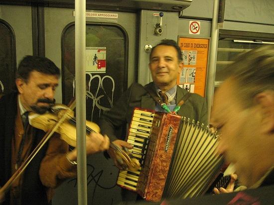 Subway band, Italy