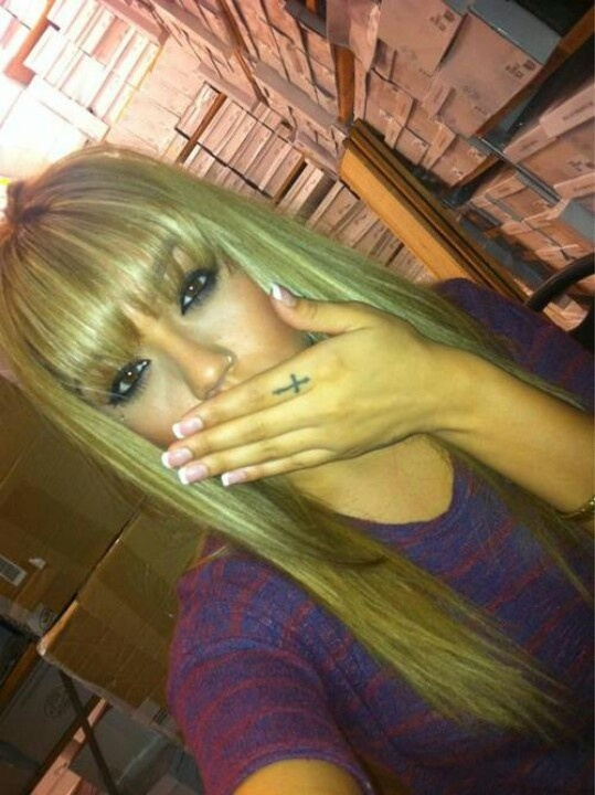 straight blonde hair with blunt bang