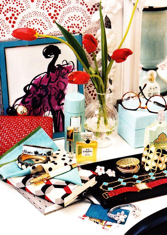 LOVE this vanity vignette. Jewelry storage