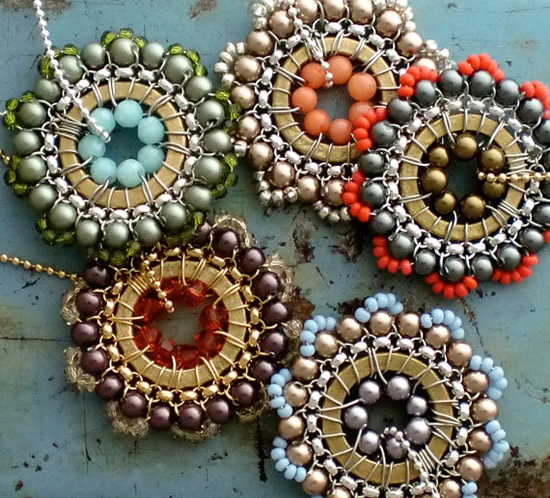 jewelry by octaviabloom (etsy) www.etsy.com/... #beading #jewelry #bling #wire-beading #colors