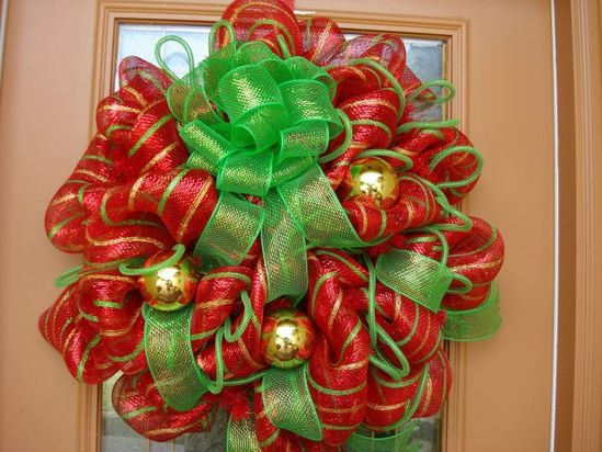 Deco Mesh Red, Gold, and Green Holiday Wreath - 30 Beautiful And Creative Handmade Christmas Wreaths