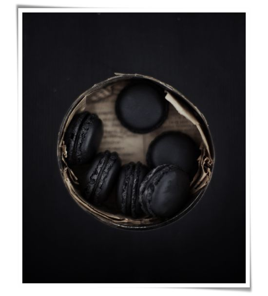 Intensely chic ink black macarons. #black #macarons #food #French #pastries #baking #dessert #cookies #Halloween