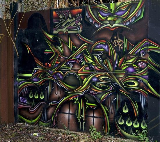 Graffiti Outside The Treforest Tin Works photography by Stuart Herbert, via Flickr #graffiti #mural #street #art